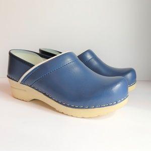 Dansko Womens Sz 7.5 Mules Casual Comfort Shoes